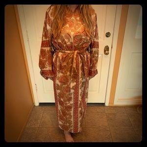 Vintage kimono robe with tie